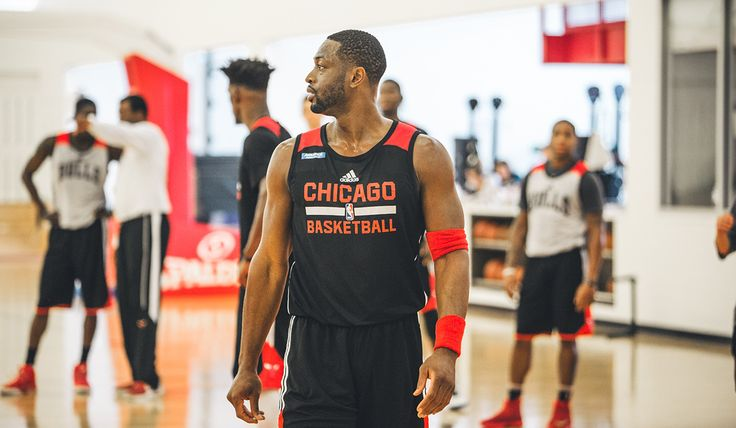 Dwyane Wade continues to expand his game   Chicago Bulls