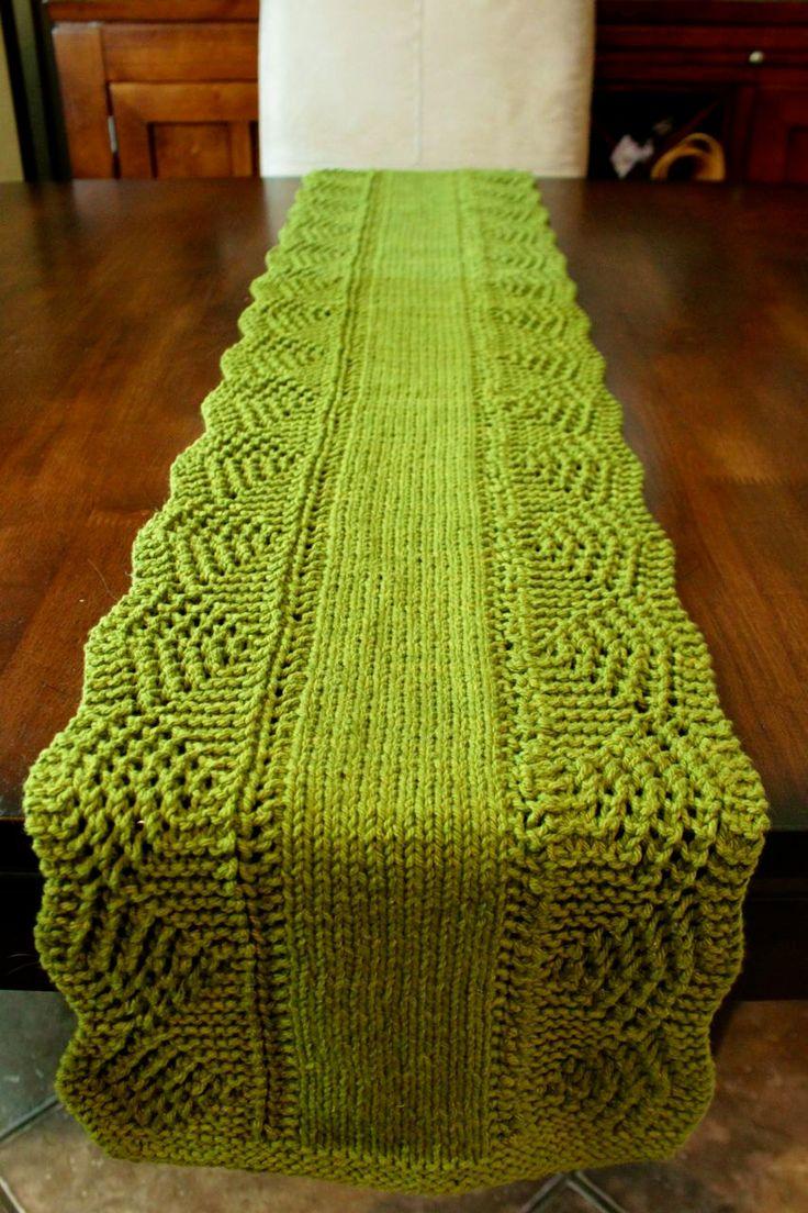 65 best table runners images on pinterest knitting for Table knitting