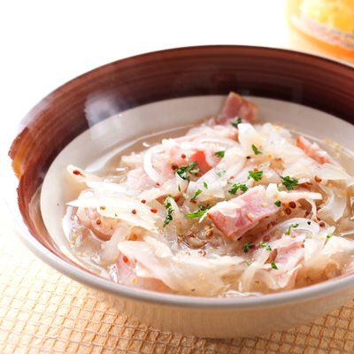 【レシピ有】ザワークラウトの酸味とベーコンのコクで味わえる野菜たっぷりスープ。 - 121件のもぐもぐ - ザワークラウトとベーコンのスープ by レシピ×食材専門店 レシプル