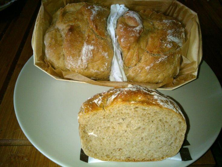 Buchweizenbrot in klein. Schmeckt sehr gut. Ganz weich umd locker. Von der Bäckerei Popp aus münchberg in Oberfranken , www. bio-bäckerei-popp.de