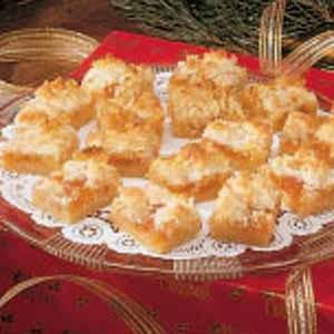 Apricot Bars~These are so yummy. Made these for Christmas Cans last year for friends. Make sure you make copies of the recipe and attach to the back of gift tags