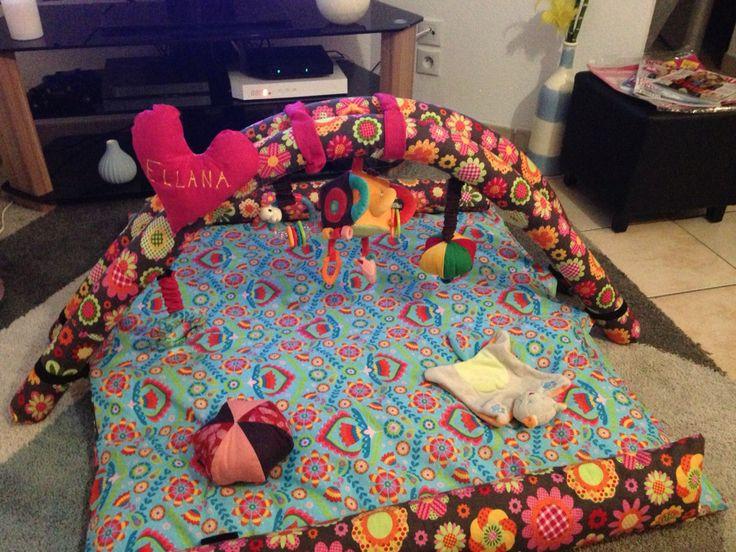 Tapis d'éveil et tapis de jeux