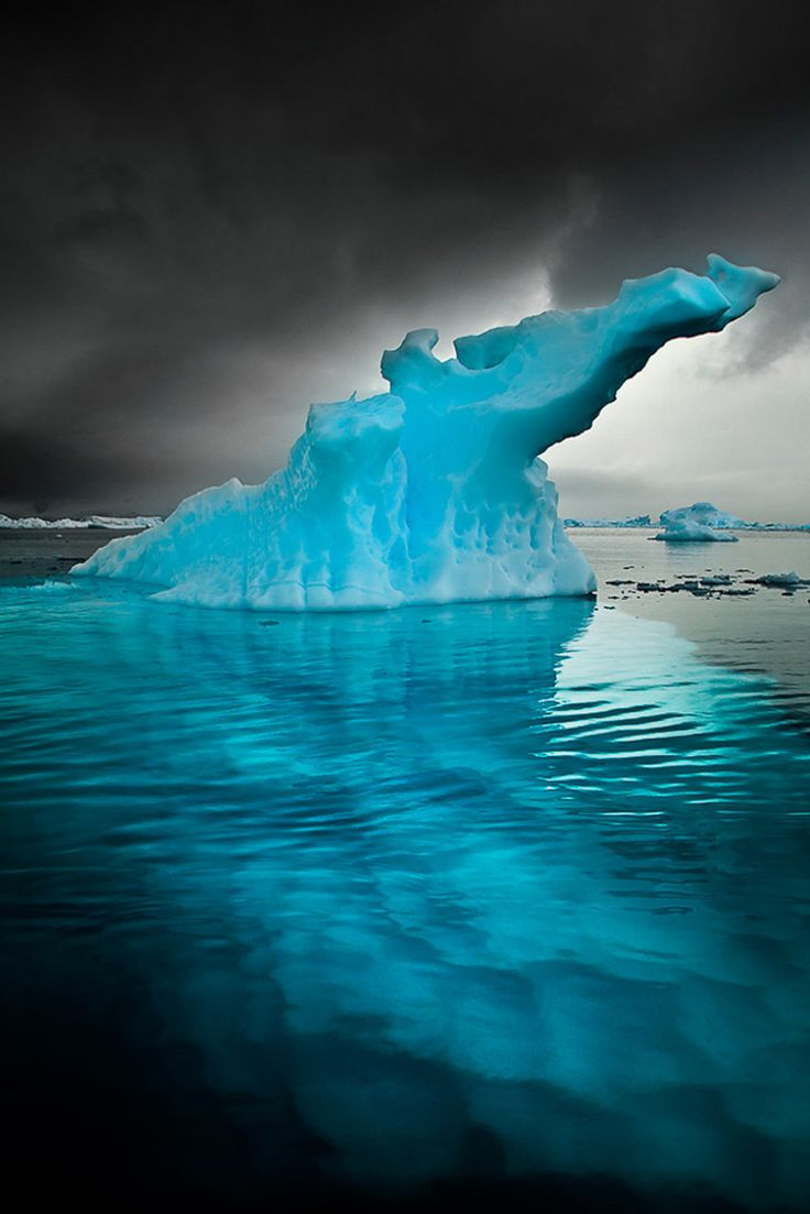Frozen palace background  Best  IcebergsIce images on Pinterest  Beautiful places