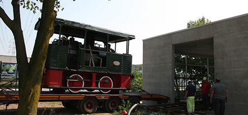 Trasporto presso il padiglione di Settimo Milanese del Gamba de Legn | Museo della Scienza e della Tecnica Leonardo da Vinci