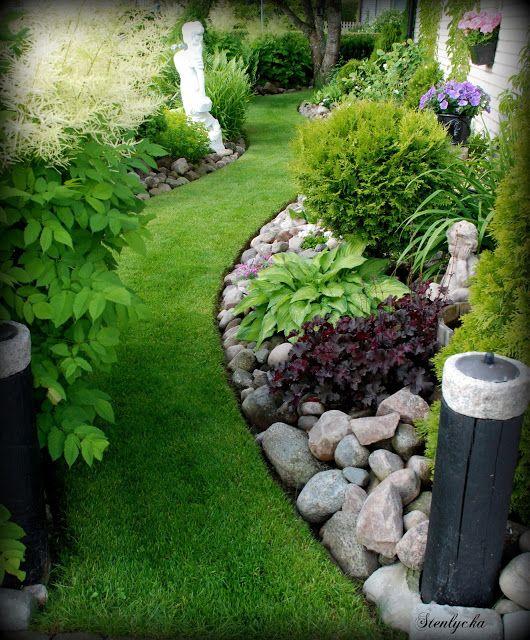 Big Backyard Landscaping Ideas: 25+ Best Ideas About Rock Garden Borders On Pinterest