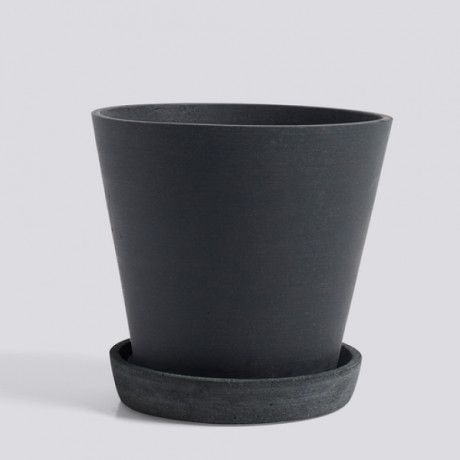 HAY Flowerpot With Saucer Large Black - Trouva