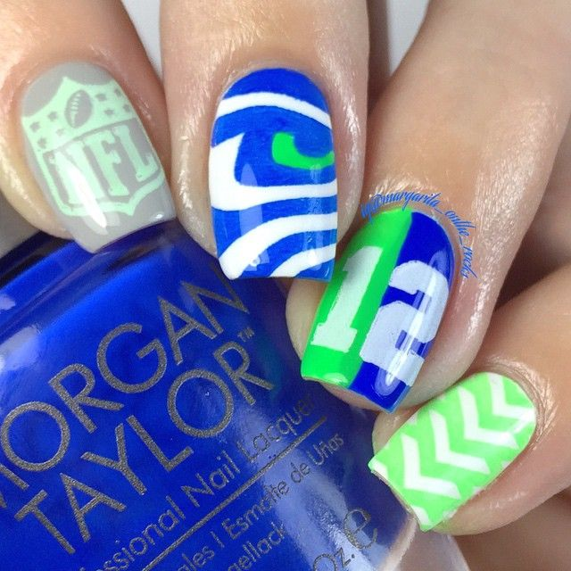 Seattle Seahawks #nailart #manicure #figtreestamps #figtreecomp stamping nails