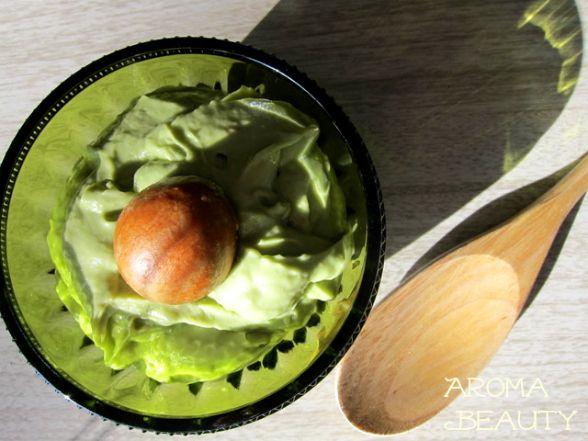 увлажняющая маска для лица с авокадо