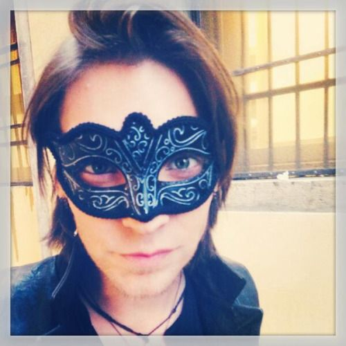 """""""Look at the cool mask I got in Venice, Italy!""""  @alex_band"""