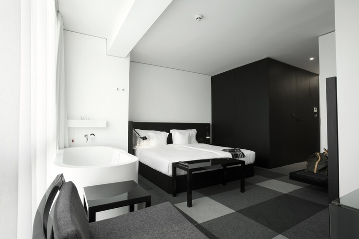 room and bath modern hotel design Graffit with black n white color