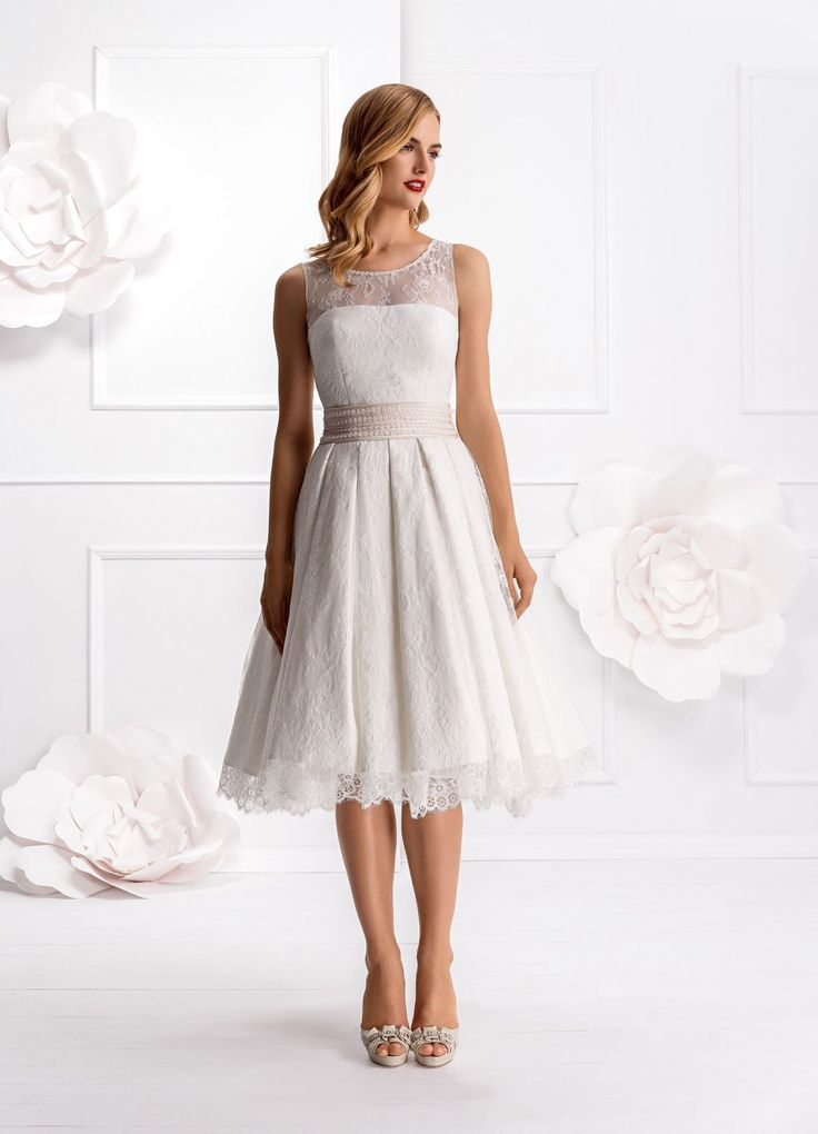 27 best Hochzeitskleid images on Pinterest | Wedding dress, Lace and ...