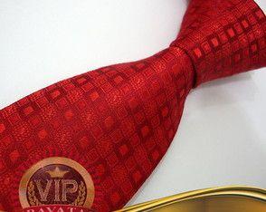 Gravata Vermelha Trabalhada