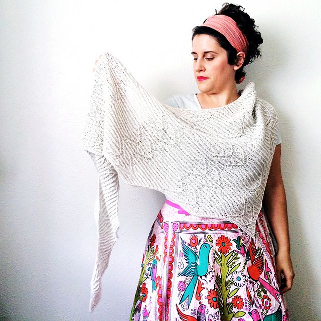 Ravelry: Summer Vibes pattern by Lesley Anne Robinson