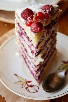 Ягодный торт с меренговым кремом   Кулинарные Рецепты