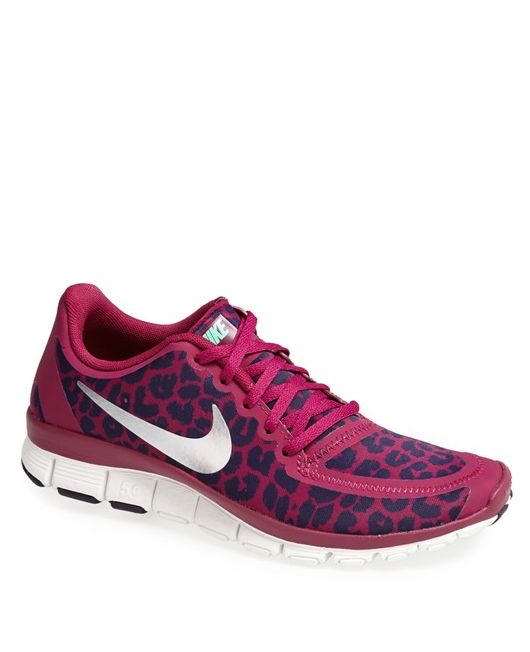 Leopard Nike Running Sneaks