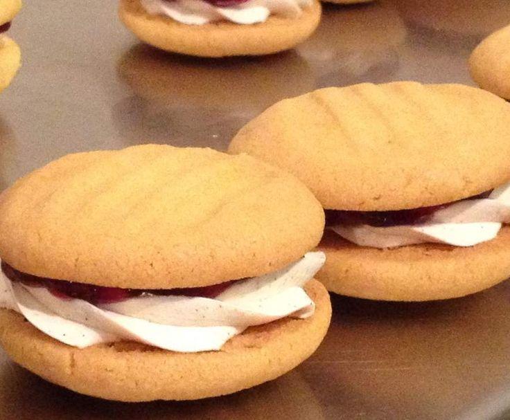 Recipe Melting Moments by Priscilla Thwaites - Recipe of category Baking - sweet