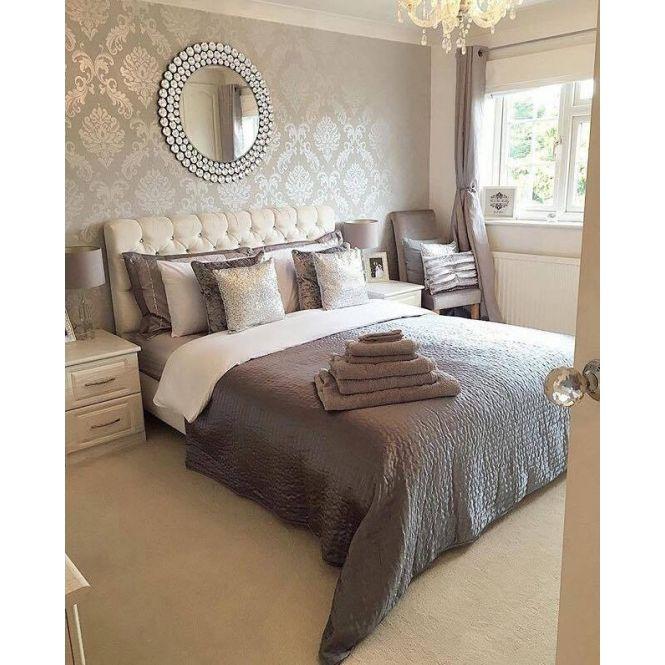 Best Chelsea Glitter Damask Wallpaper Soft Grey Silver In 2020 400 x 300