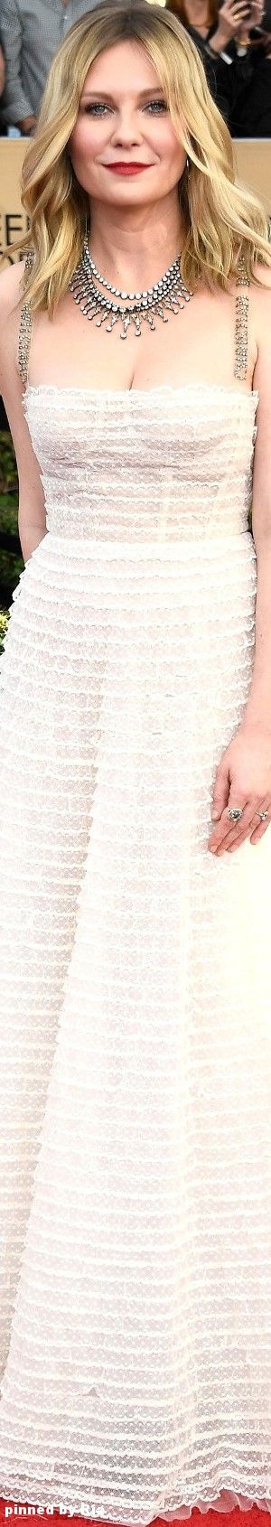 Kirsten Dunst in Christian Dior l The 2017 SAG Awards l Ria
