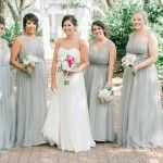Hello Brides-to-be, it is Friday and wish you all have a great weekend! And let us end this week with some amazing wedding color ideas! If you are a bride who just begins to plan your wedding, then we suggest go first...