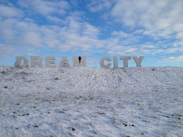 I took the liberty of climbing on the Dream City - sign, as the festival area is empty until the Roskilde Festival in 2015