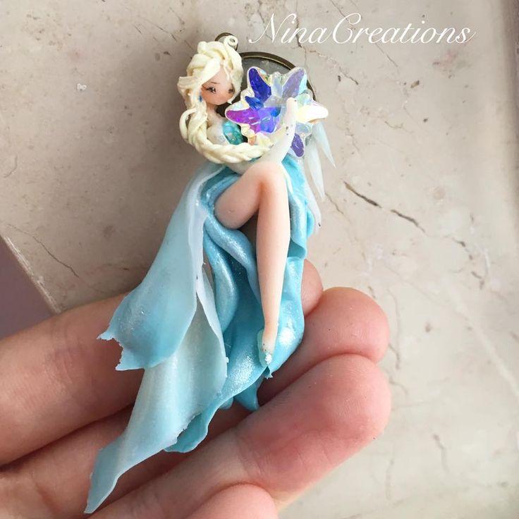 Elsa with Svarovski element crystal
