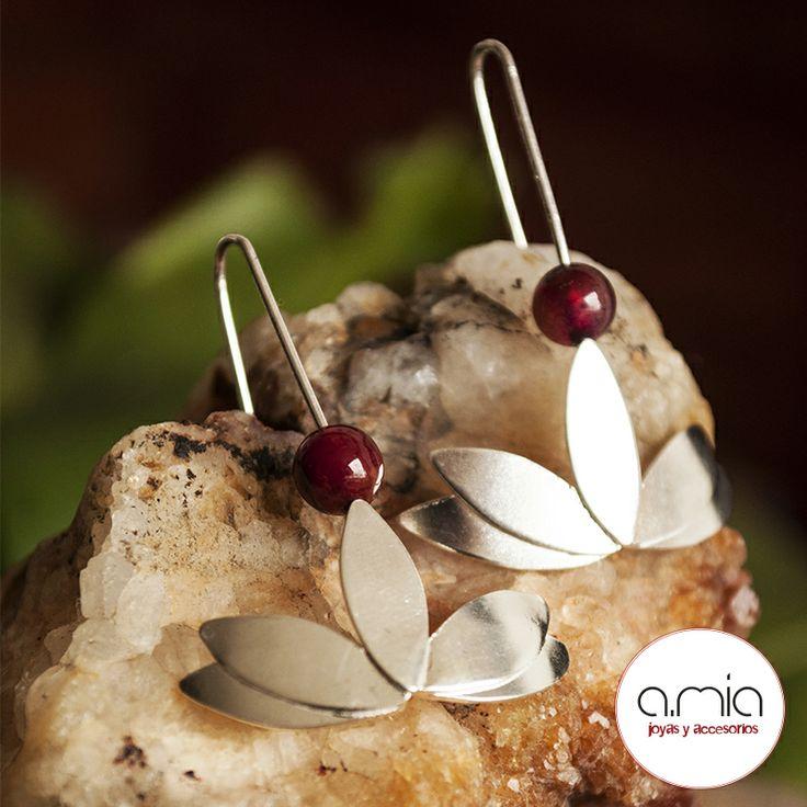 #aretes #flordeloto #loto #plata925 #hechoamano #silver #handmadejewelry