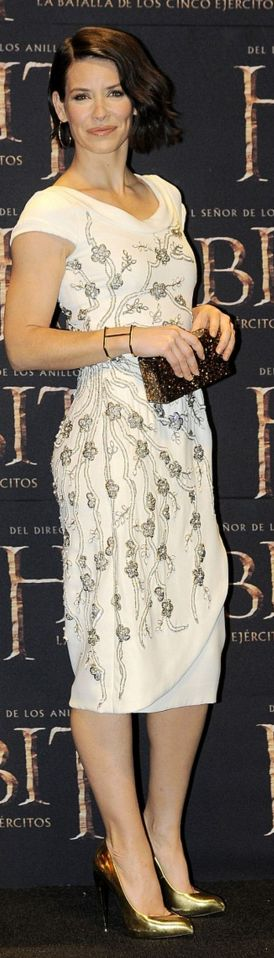 Who made Evangeline Lilly's floral dress that she wore in Mexico City?