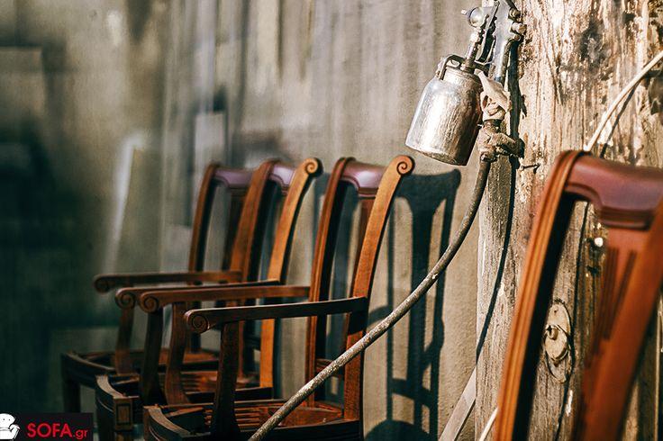 Καρέκλα κλασσική 28Β με μπράτσο.  https://sofa.gr/epiplo/karekla-trapezarias-28v-me-mpratso