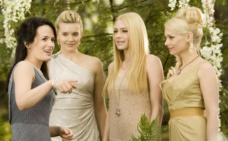 Still of Elizabeth Reaser, Maggie Grace, Casey LaBow and MyAnna Buring in The Twilight Saga: Breaking Dawn - Part 1 (2011) http://www.movpins.com/dHQxMzI0OTk5/the-twilight-saga:-breaking-dawn-part-1-(2011)/still-939440384