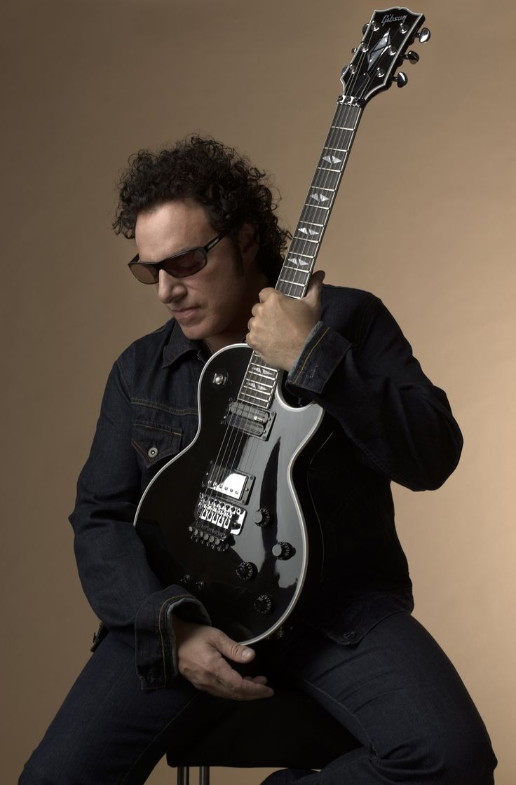 Neal Schon with Gibson Custom Neal Schon Signature Les Paul Model