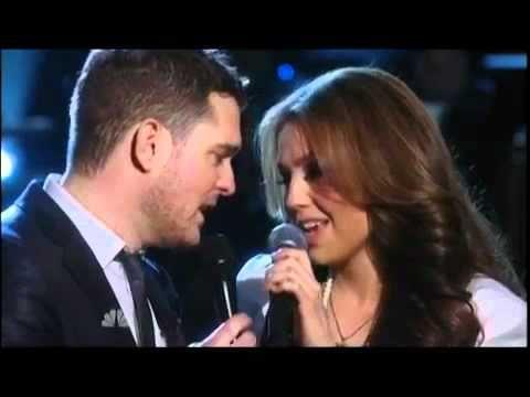 ▶ Michael Buble ft Thalia - Mis Deseos / Feliz Navidad (NBC - A Michael Bublé Christmas) - YouTube