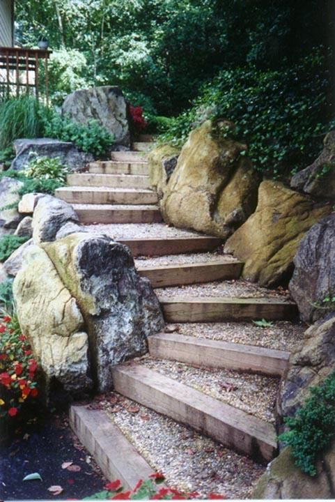 Retaining walls in Maryland - Living Wall Steps provided by Creative Land Design Inc Centreville 21617 timbers retaining wall gravel rocks stone