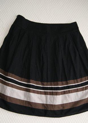 Kup mój przedmiot na #vintedpl http://www.vinted.pl/damska-odziez/spodnice/13905812-spodnica-zakladki-plisowanie-czarna-z-pasem-brazowym-r-4012