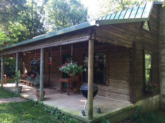 Very cool setup here 1000 m l sq ft log cabin 2br 1 1 for 1000 sq ft log cabin