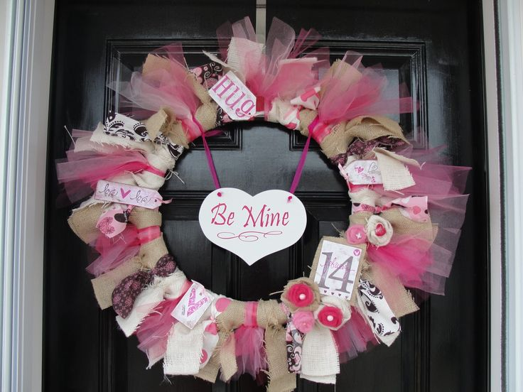 Show some love!Valentine'S Day, Valentine Ribbons, Valentine Day Crafts, Crafts Ideas, Tulle Wreath, Ribbons Wreaths, Valentine'S Wreaths, Valentine Wreaths, Diy
