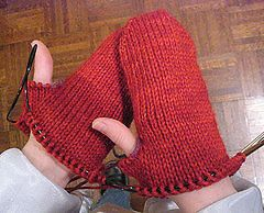 Ravelry: Mittens from the Top : Any Size, Any Gauge, Top-Down pattern by Mei Lynne Travis