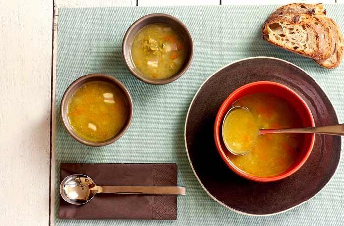 Sopa de guisantes secos o partidos. Receta para Crock Pot