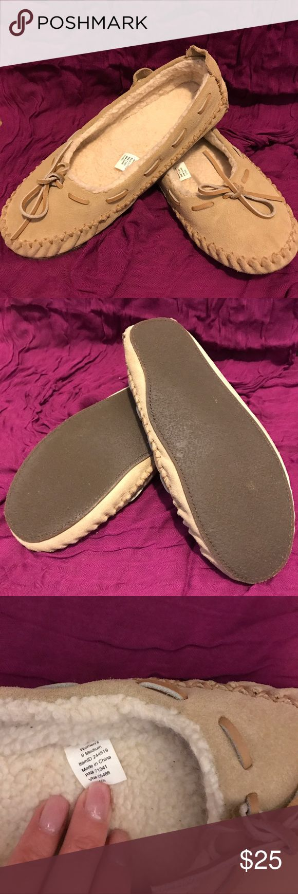 LL Bean Slippers Lovely LL BEan slippers. Super cozy and in great condition! LL Bean Shoes Slippers
