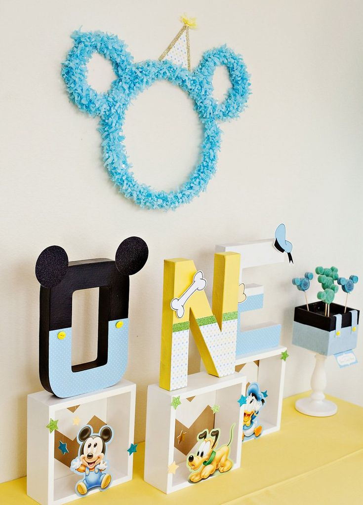 17 best ideas about first birthday centerpieces on for Baby mickey decoration ideas