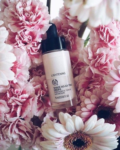 """Transform an """"almost right"""" shade into your perfect one in just one drop with The Body Shop's Shade Adjusting Drops. Lightening drop lightens and neutralizes yellowness, while the darkening drop darkens while keeping natural depth."""
