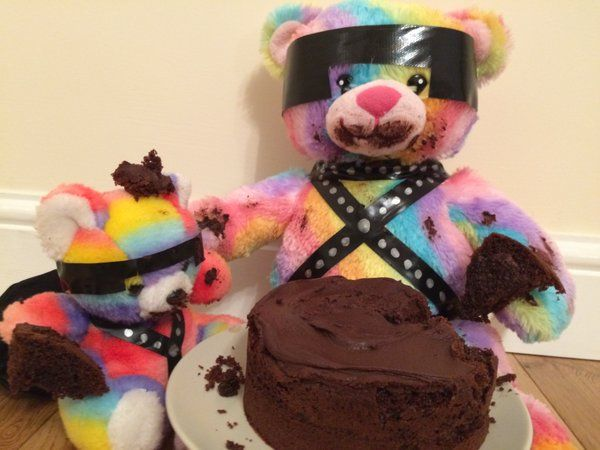 Wow! That cake looks really good!