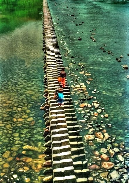 Piano Bridge,China