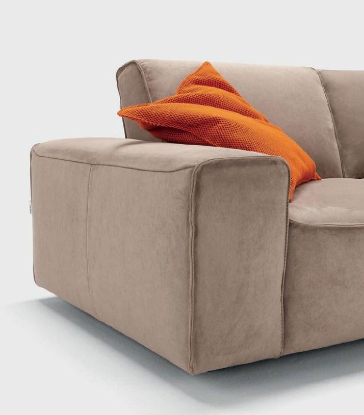 Oggi vi presentiamo il divano Nicoline Darwin! Ecco per voi un dettaglio! #Interiordesign #arredamento