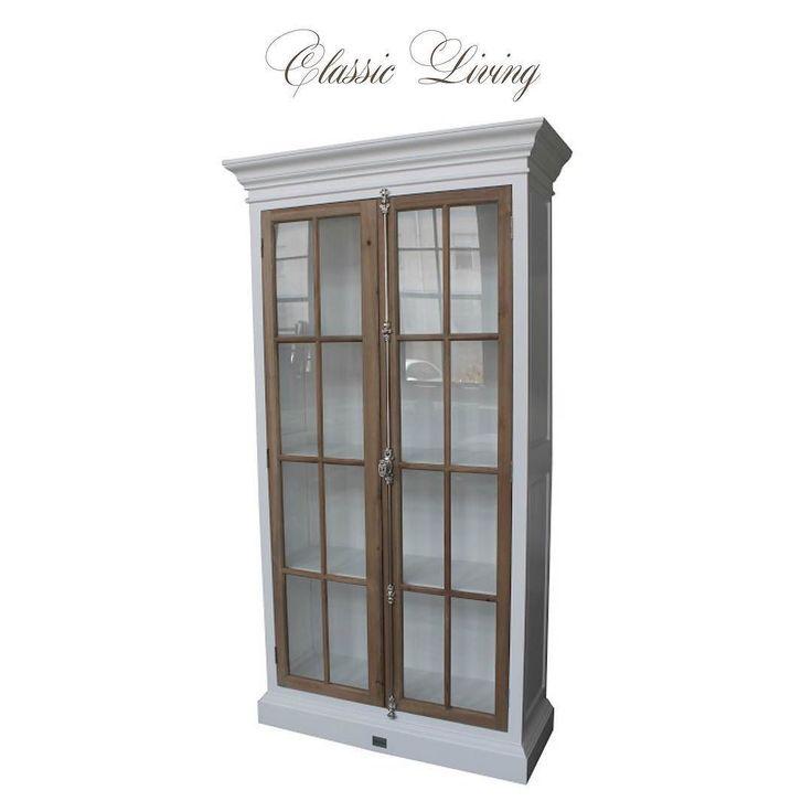 Manhattan Country Cabinet 120 cm (Hvit og drivved) Disse nydelige vitrineskapene kommer på lager og kan forhåndsbestilles nå. Se mer på http://ift.tt/1UdJ1or #classicliving
