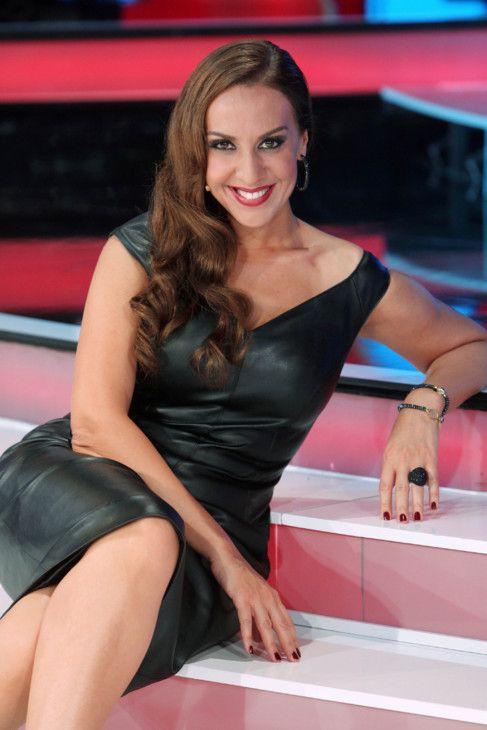 El ocaso de Mónica Naranjo http://www.guiasdemujer.es/browse?id=5624&source_url=http://www.elmundo.es/television/2014/03/26/53209f6a268e3ec13a8b457a.html