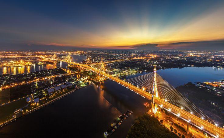 Bhumibol Brigde Bangkok, Thailand