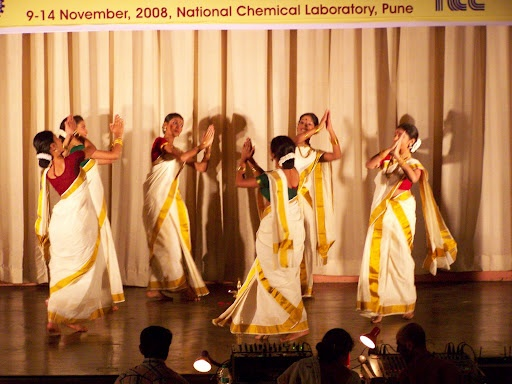 kaikottikali or thiruvathirakali dance essay Kaikottikali , or thiruvathirakali, is one of the most famous group-dances of  women of kerala to mark the festival seasons onam this form of dance has  generally.