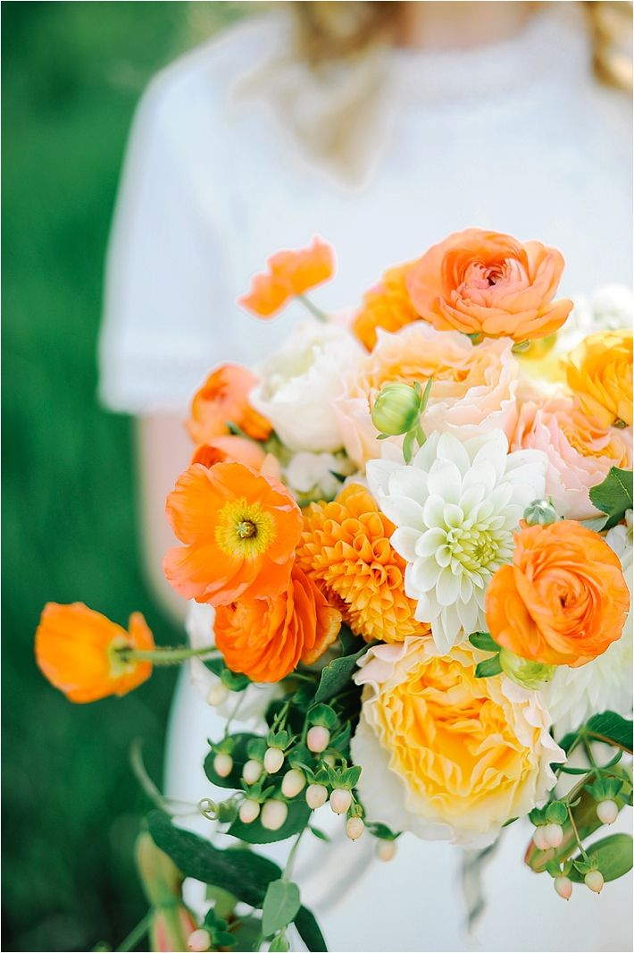 Orange Wedding Inspiration // see more on lemagnifiqueblog.com