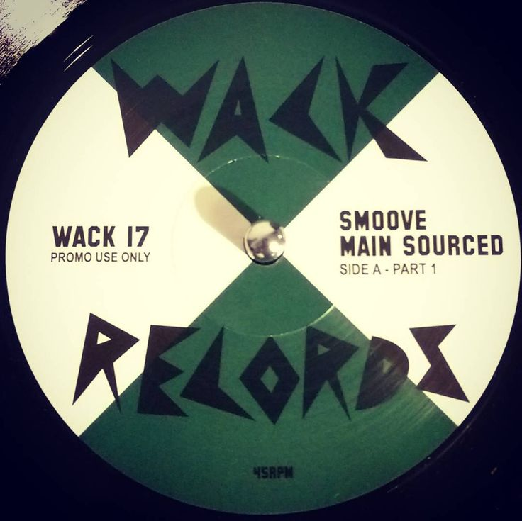 """#nowspinning Smoove - Main Sourced. Wack Records: WACK17 (2017). This 7"""" packs a whole lot of phatness onto each side. Damn the shit is dope/fresh/bad (not bad meaning bad but bad meaning good) etc. #hiphop #funk #soul #wack #smoove #mainsourced #dnb #drumandbass #drumnbass #jungle #vinyl #vinyljunkie #record #recordcollector #recordcollection #recordplayer #igvinylclub #igvinylcommunity #instavinyl #7"""