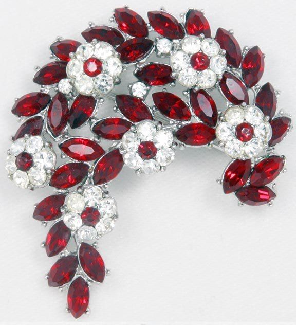 Vintage 1950 S Trifari Signed Ruby Red Rhinestone Brooch